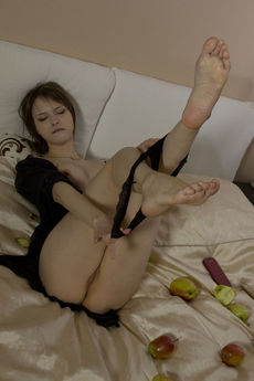 Beata B In Sexual Apetite By Shane Shadow - Picture 7